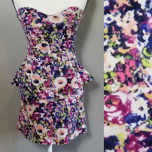 MATERIAL GIRL Strapless Peplum dress XL